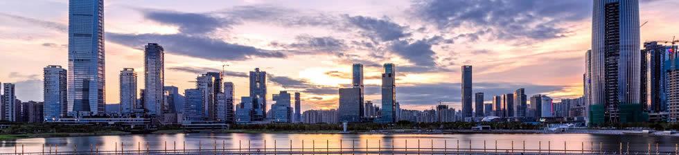 Beijing airport shuttles in terminals