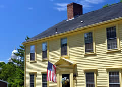 Visit Jonathan Treadwell House