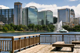 Sightseeing near Lake Eola fountain