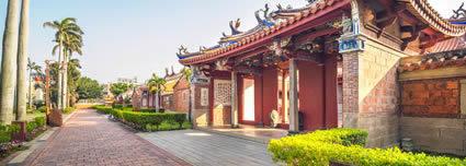 Maison de Chine airport shuttle service