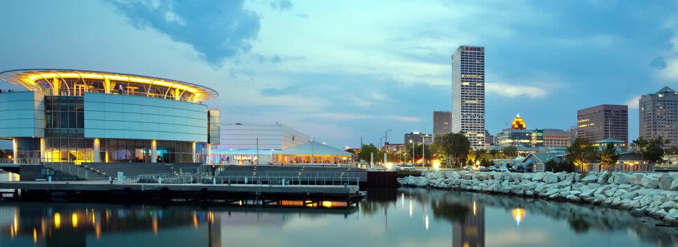 Milwaukee hotel shuttles