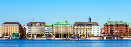 Movenpick Hamburg airport shuttle service