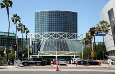Los Angeles Convention Center shuttle to the airport