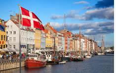 Copenhagen shuttle to the airport